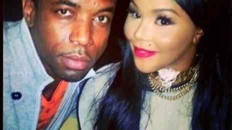 Hot Shot: Lil Kim Meets Fan In LA / Fans Question Comeback & Slam New Image