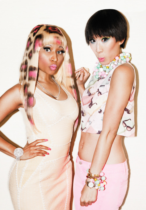 NICKI MINAJ-SHE-IS-DIVA