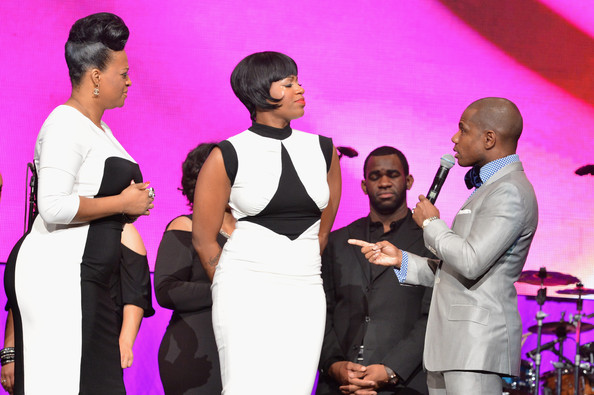 Super Bowl Gospel 2013 Show 12 Hot Shots:  Fantasia Shines At 14th Annual Gospel Superbowl Celebration *Updated With Video*