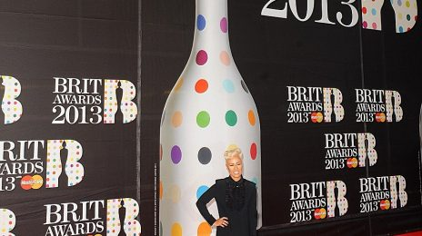 Hot Shots: BRIT Awards 2013 (Red Carpet)