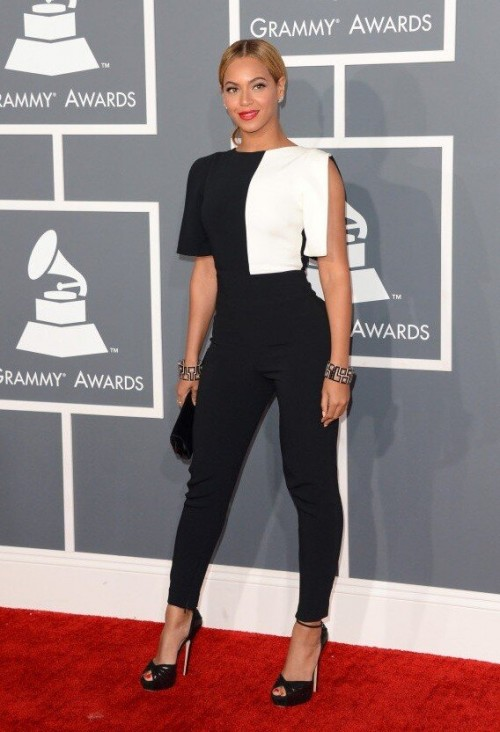 beyonce grammys 2013 1 e1360546276418 Grammy Awards 2013: Red Carpet Arrivals