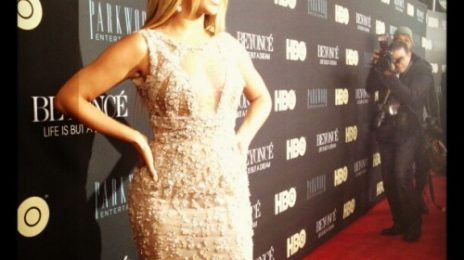 Hot Shots: Beyonce Beams At 'Life Is But A Dream' Premiere