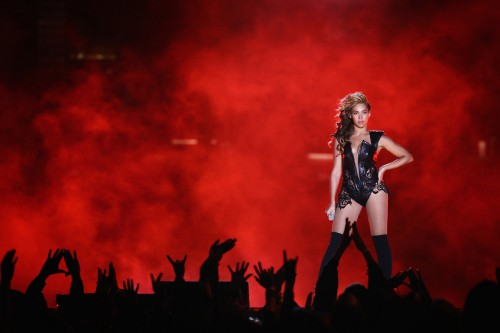 beyonce super bowl 2013 performance e1359945603746 Watch: Beyonce Super Bowl 2013 Performance