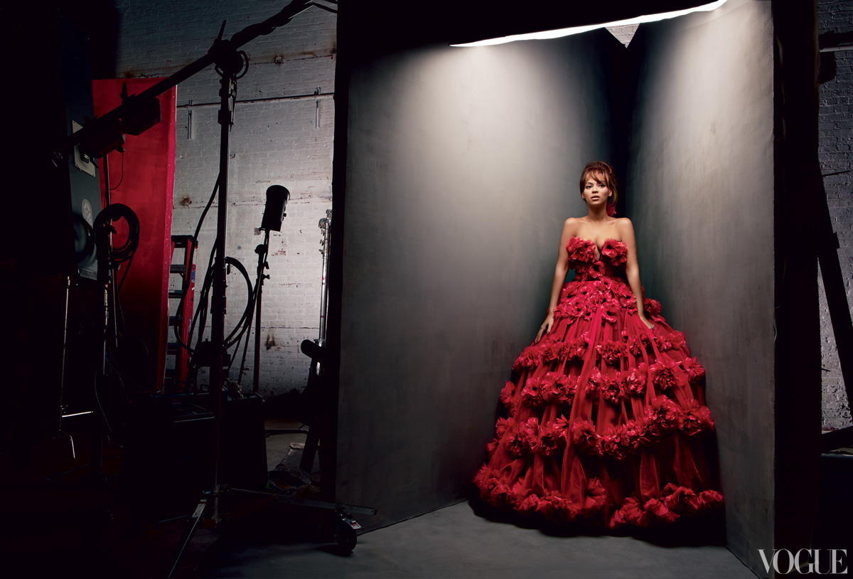 beyonce vogue 2013 2 Hot Shots: Beyonces Full Vogue Shoot Unveiled