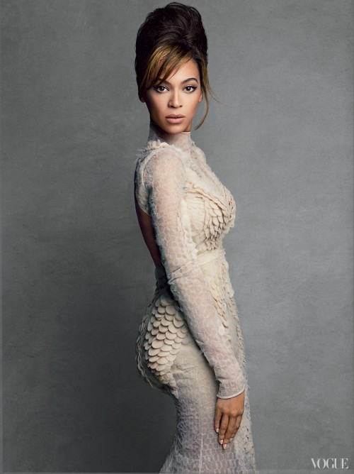 beyonce vogue 2013 7 e1360585703207 Hot Shots: Beyonces Full Vogue Shoot Unveiled