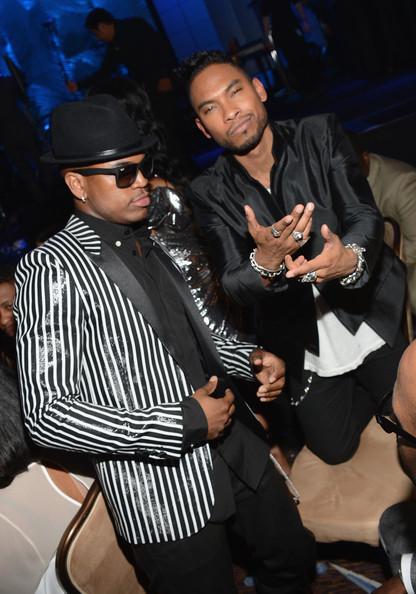 clive davis grammy 2013 ne yo miguel Hot Shots: Stars Shine At Clive Davis Pre Grammy Gala 2013
