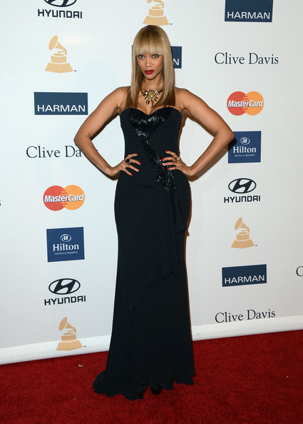 clive davis grammy 2013 tyra2 Hot Shots: Stars Shine At Clive Davis Pre Grammy Gala 2013