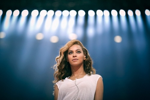 Hot Shots: Beyonce Releases Fresh Super Bowl Rehearsal Footage