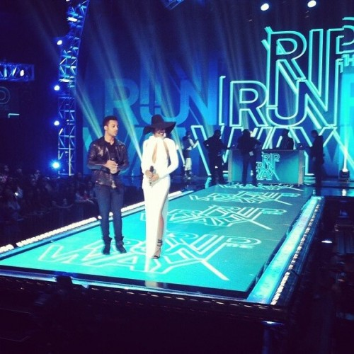 kelly rowland rip the runway 5 e1362043031673 Hot Shots: Kelly Rowland Stuns At BETs Rip The Runway