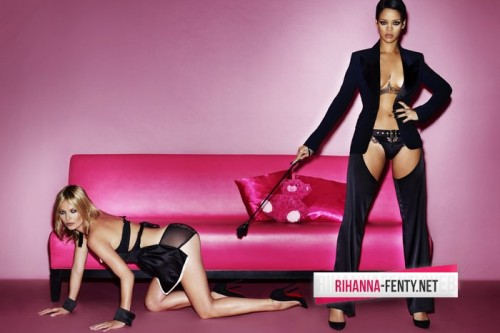 rihanna v kate moss 1 e1352380812347 Watch:  Rihannas Vivacious V Photo Shoot With Kate Moss (Behind the Scenes)