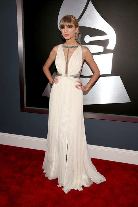 taylor swift grammys 2013 Grammy Awards 2013: Red Carpet Arrivals
