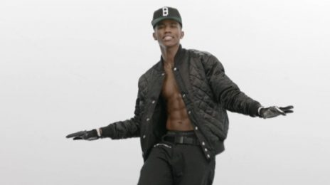 Must See: B.Smyth Covers Rihanna's 'Stay'