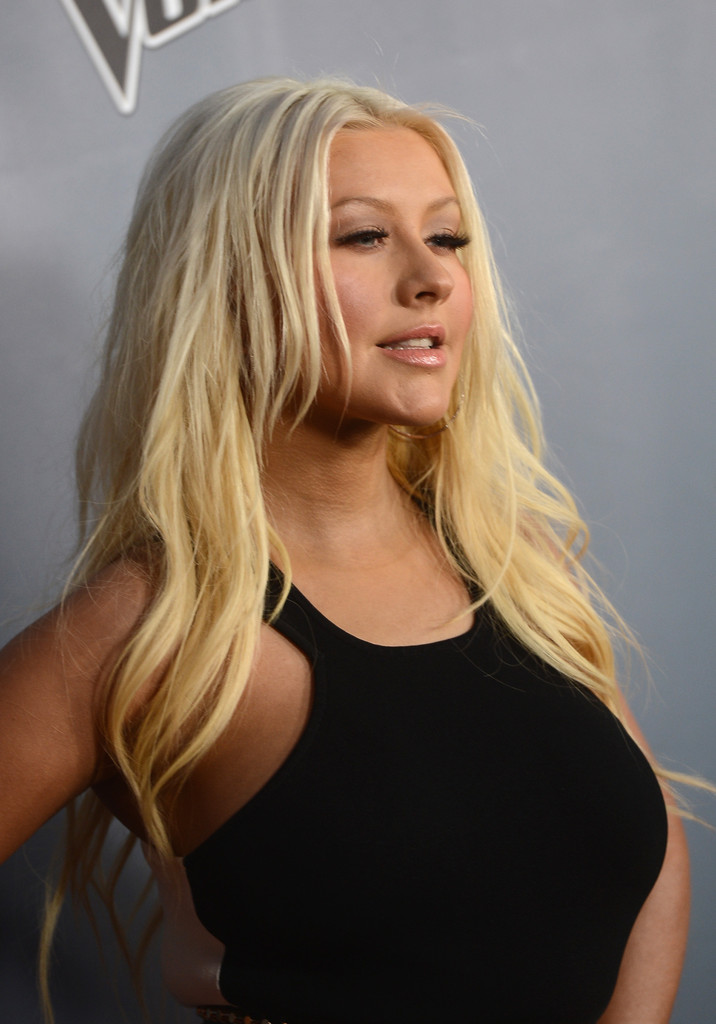 Christina+Aguilera+Voice+Premier 2 Hot Shots: Christina Aguilera Stuns At The Voice Season 4 Premiere
