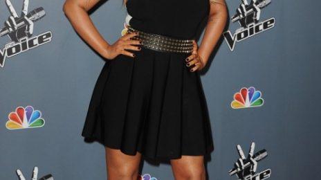 Hot Shots: Christina Aguilera Stuns At 'The Voice' Season 4 Premiere