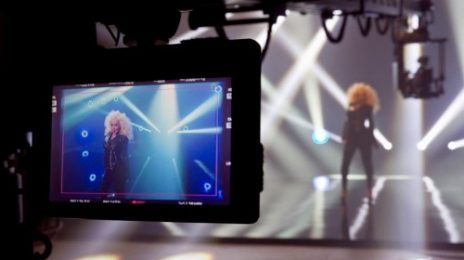 Hot Shot: Christina Aguilera Teases 'Feel This Moment' Video