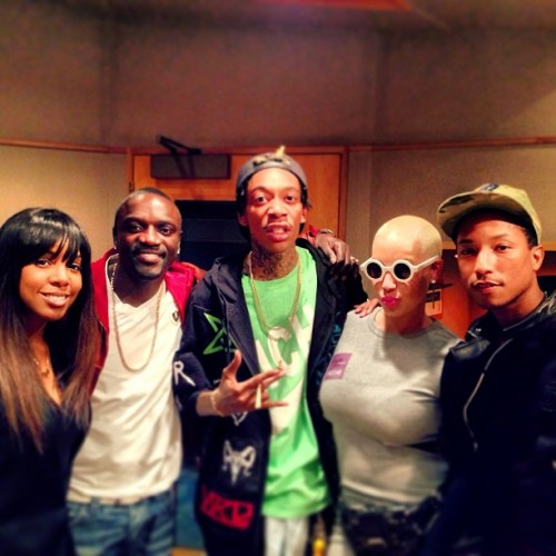 kelly rowland pharrell e1364041545873 Hot Shots: Kelly Rowland Hits The Studio With Pharrell Williams & Wiz Khalifa