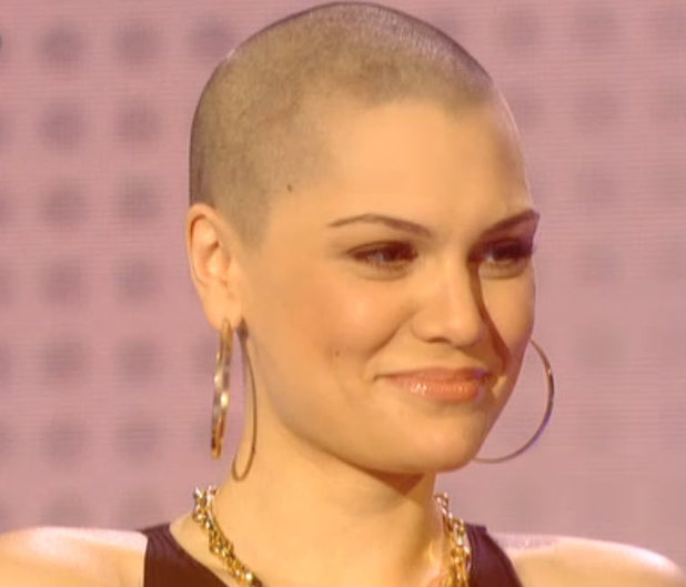 showbiz comic relief jessie j hair 2 Hot Shots: Jessie J Shaves Head For Comic Relief 2013