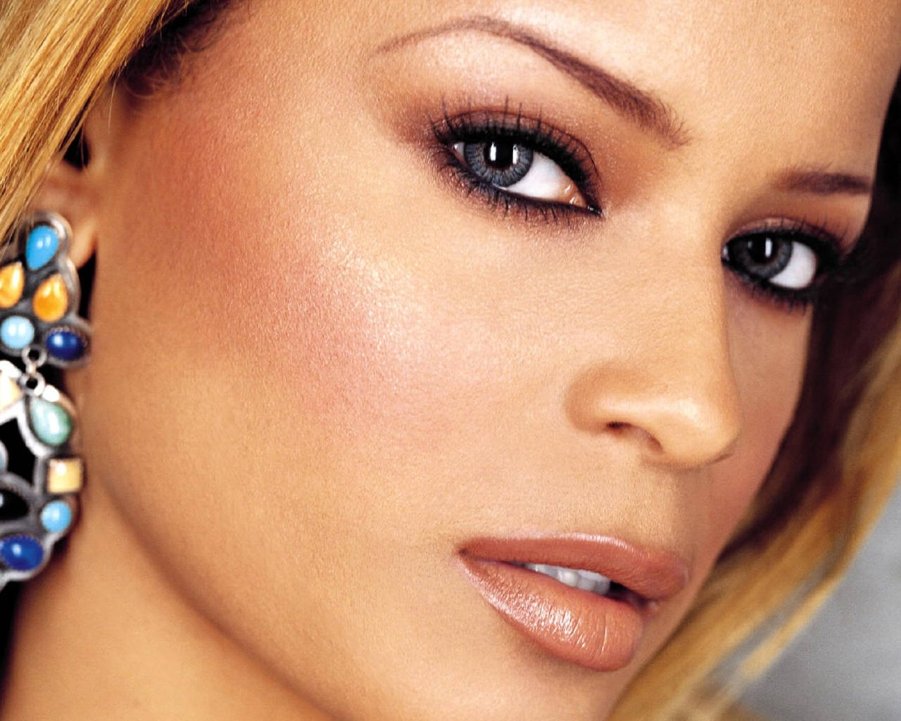 Blu Cantrell Makes Unexpected Chart Return / Readies New