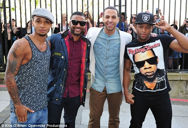 JLS THAT GRAPE JUICE Hot Shots: JLS Make First Appearance Since Announcing Split