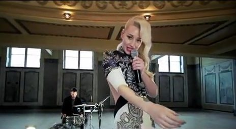 Must See: Iggy Azalea Performs 'Work' (Stripped Back) For VEVO