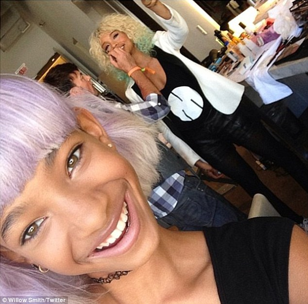 willow smith that grape juice 2 Hot Shots: Willow Smith Unveils Bold New Look