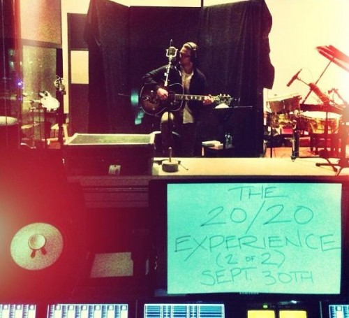 20 20 experience e1367781896104 Justin Timberlake Announces Release Date Of The 20/20 Experience Sequel