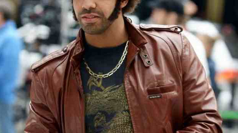 Watch: Drake Shoots 'Anchorman 2' In New York City
