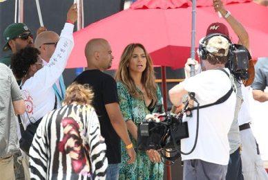 Hot Shots: Jennifer Lopez Shoots 'Live It Up' Video