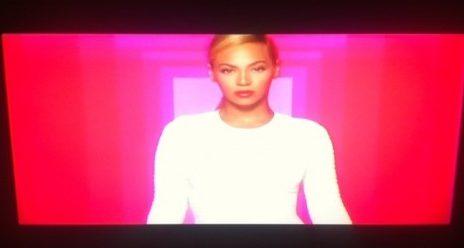 Hot Shots: Beyonce Beams In New L'Oreal Ad
