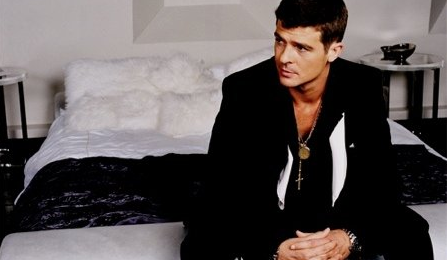 Robin Thicke Breaks His Own British Sales Record With 'Blurred Lines'