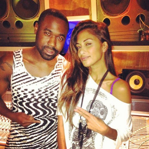 Nicole scherzinger studio2 e1375122310906 Hot Shots: Nicole Scherzinger Hits Studio For US Album