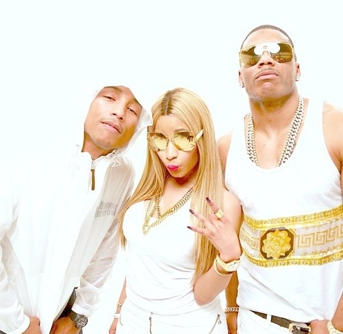 Screen shot 2013 07 11 at 10.21.36 PM Behind the Scenes:  Nelly & Nicki Minajs Get Like Me Video
