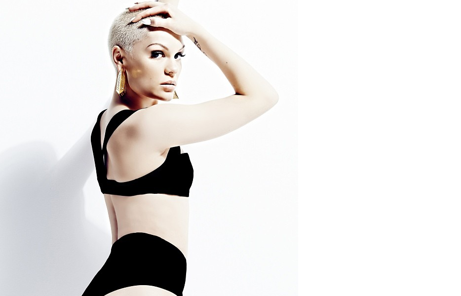 jessie j that grape juice Watch: Jessie J Covers Chris Browns Fine China