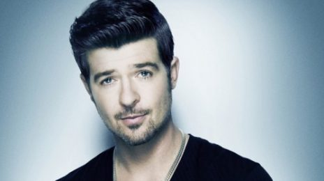Robin Thicke Makes History; 'Blurred Lines' Sales Hit 1 Million In UK