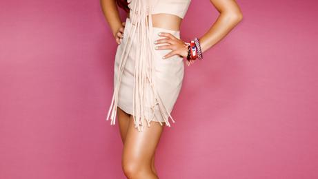 Watch: Ariana Grande Performs 'Baby I / The Way' Medley At 2013 MTV VMA Pre-Show