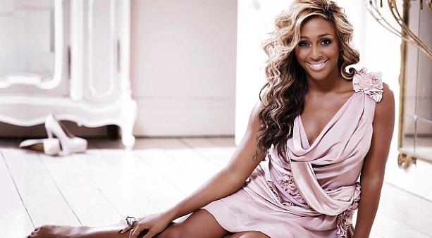 alexandra burke that grape juice1 Free Music: Alexandra Burke   New Rules (EP)