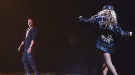 Watch: Beyonce Performs 'Bow Down' In Brooklyn / Brings Out Jay-Z For 'Tom Ford'