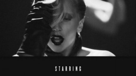 Lady GaGa Teases With 'Applause' Video Snap