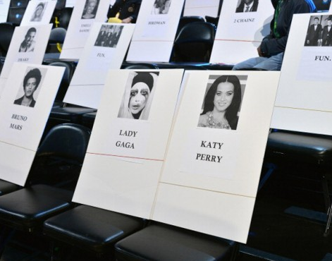 lady gaga katy perry that grape juice MTV Release VMA 2013 Seating Plan / Lady GaGa Seated Next To Katy Perry