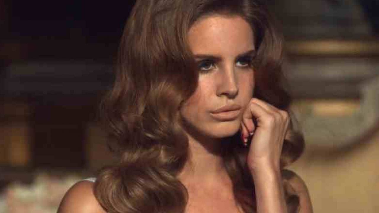 Lana Del Rey Earns New Hot 100 Peak With Summertime Sadness That Grape Juice