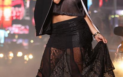 Watch: Rita Ora Hits The Ring With David Haye