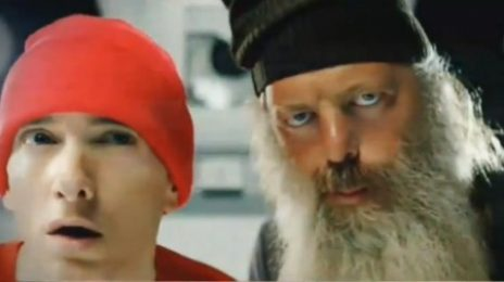 Preview: Eminem - 'Berzerk' Video