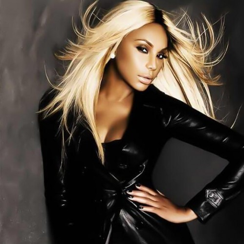 tamar braxton splash e1379920603399 Winning: Tamar Braxtons The Real Inks Lucrative New Deal / Heads To BET