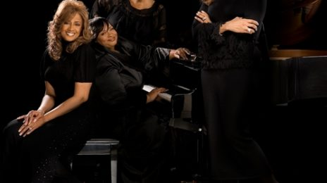 New Song:  Mary J. Blige Ft. The Clark Sisters - 'The First Noel'