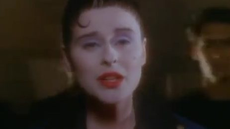 From The Vault: Lisa Stansfield - 'All Around The World'