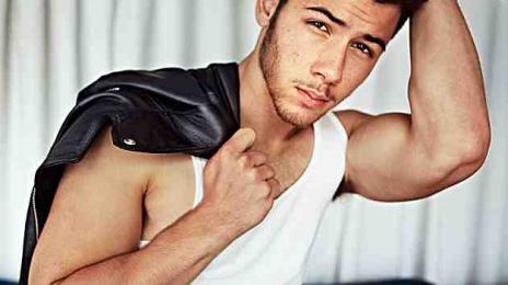 Nick Jonas On Miley Cyrus VMA Performance: 'I Was Laughing'