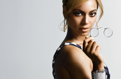 Watch: Beyonce Rocks Reworked Version Of 'Why Don't You Love Me' In New Zealand