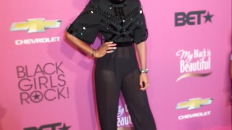 Hot Shots: Kelly Rowland Stuns At BET Black Girls Rock