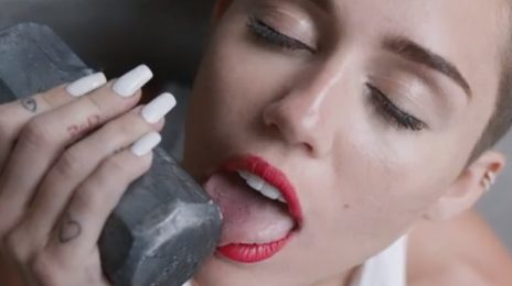 Miley Cyrus On Choosing Advisors: 'It Can't Be Like This 70 Year Old Jewish Man'