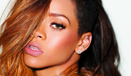 Report: Rihanna Faces 13.3 Million Israeli Lawsuit Following Lateness & Lip Synching Claims
